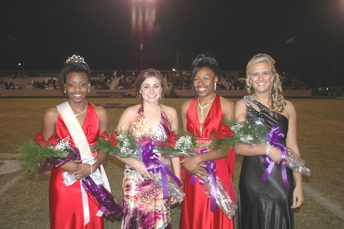 Robinson crowned HHS Homecoming Queen