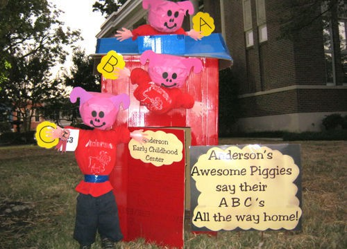 Anderson Scarecrow wins award