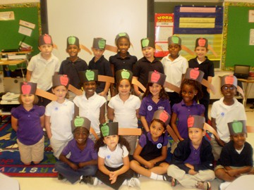 HE students celebrate apples!