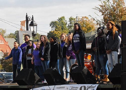 HHS Choirs perform at Fall Fest