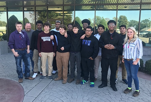 Students learn from Manufacturing Day