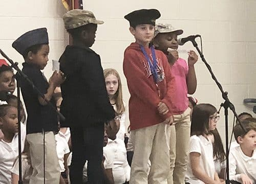 HES students honor veterans