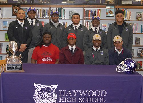 Nine Tomcats sign to play college football