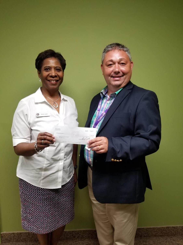 Simmons Bank makes Donation